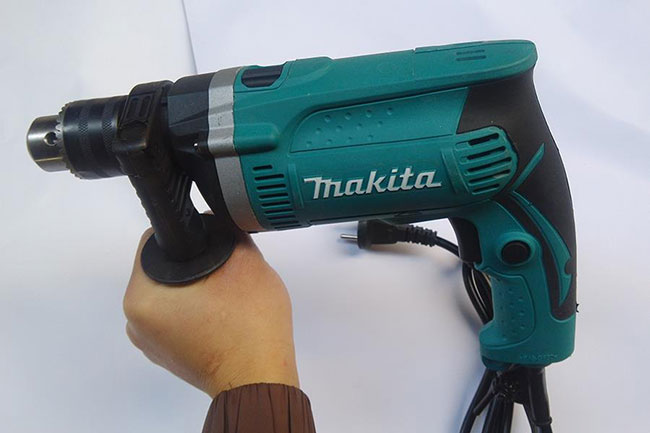 Mẫu máy khoan cầm tay của Makita