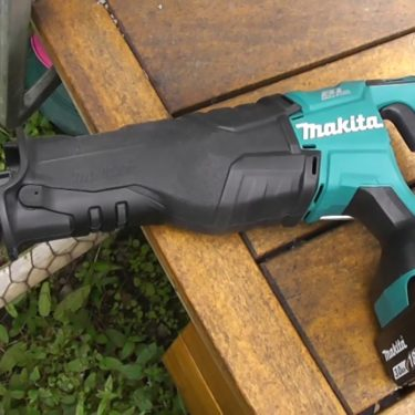 may-cua-kiem-chay-pin-makita-djr187rte-18v-2