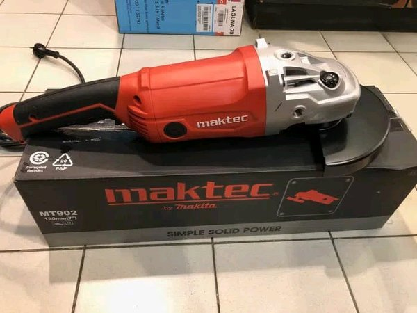 may mai goc maktec mt902 2000w