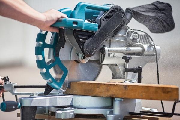 Nguyên tắc an toàn khi sử dụng máy cắt nhôm